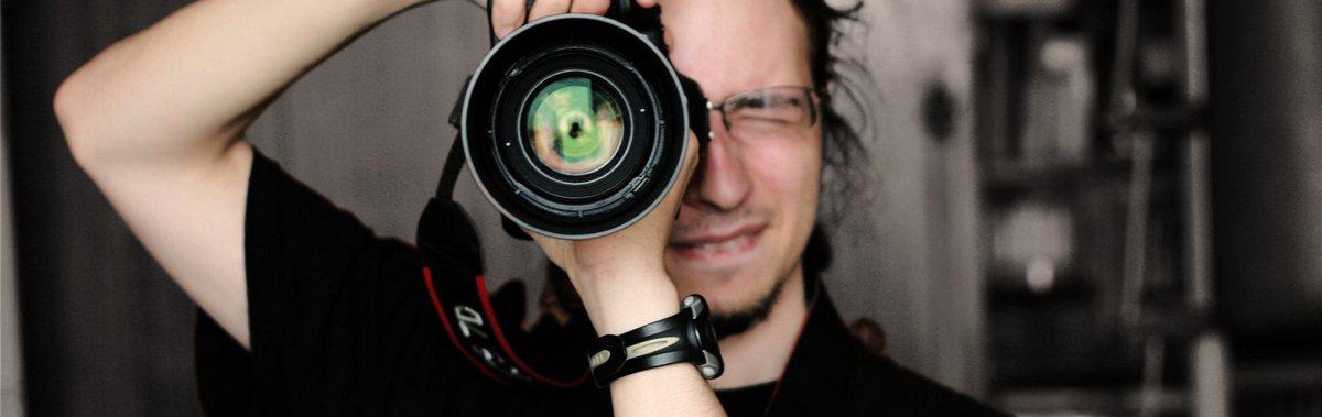 Подарочный сертификат Индивидуальная фотосессия в студии, 2 часа плюсНовый год<br>Приукрасьте свои фотоальбомы прекрасными снимками с совершенными образами и декорациями.<br><br>Номинал: None<br>Тип подарка: Электронный<br>Город (для эмоций): Санкт-Петербург<br>Как воспользоваться?: &lt;ul class=circleListBig&gt;<br>Что будет происходить?: &lt;p&gt;<br>Количество участников: 1 участник<br>Сезонность: Круглый год<br>Продолжительность: До 3 часов<br>Где проходит?: В помещении<br>Вид эмоций: Мастер-классы, Хобби<br>Для кого: Мужчине, Девушке<br>Повод: На Новый год, На 8 марта, На Годовщину, На День Рождения, На День Святого Валентина, На 23 февраля