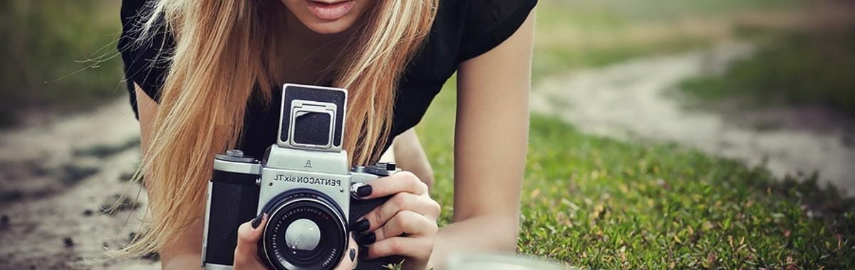 Подарочный сертификат Мастер-класс Я фотограф, 3 часаНовый год<br>Возьмите несколько уроков у профессиональных фотографов и отточите свое мастерство создания потрясающих снимков.<br><br>Номинал: None<br>Тип подарка: Электронный<br>Город (для эмоций): Санкт-Петербург<br>Как воспользоваться?: &lt;ul class=circleListBig&gt;<br>Что будет происходить?: &lt;p&gt;<br>Количество участников: 1 участник<br>Сезонность: Круглый год<br>Продолжительность: До 3 часов<br>Где проходит?: В помещении<br>Вид эмоций: Семья<br>Для кого: Мужчине, Девушке<br>Повод: На Новый год, На 8 марта, На Годовщину, На День Рождения, На День Святого Валентина, На 23 февраля