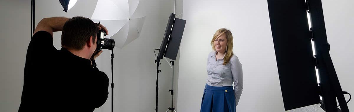 Подарочный сертификат Портретная фотосессия с визажем, 1 час