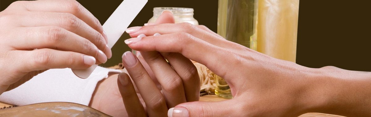 Подарочный сертификат SPA уход (миндальный уход CND) + покрытиеДень Святого Валентина<br>Всего лишь несколько нехитрых процедур, и кожа ваших рук станет идеальной, что обязательно заметят все окружающие.<br><br>Номинал: None<br>Тип подарка: Электронный<br>Город (для эмоций): Москва<br>Как воспользоваться?: &lt;ul class=circleListBig&gt;<br>Что будет происходить?: &lt;p&gt;<br>Количество участников: 1 участник<br>Сезонность: Круглый год<br>Продолжительность: До 3 часов<br>Где проходит?: В помещении<br>Вид эмоций: Красота и здоровье<br>Для кого: Девушке<br>Повод: На 8 марта, На День Святого Валентина
