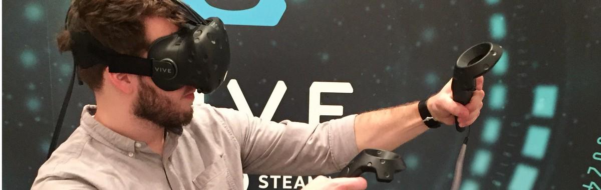 Подарочный сертификат Игра в очках виртуальной реальности HTC Vive, 2 часаНовый год<br>Испытайте на себе всю силу виртуальной реальности и получите массу удовольствия от современных игр.<br><br>Номинал: None<br>Тип подарка: Электронный<br>Город (для эмоций): Санкт-Петербург<br>Как воспользоваться?: &lt;ul class=circleListBig&gt;<br>Что будет происходить?: &lt;p&gt;<br>Количество участников: 1 участник<br>Сезонность: Круглый год<br>Продолжительность: До 3 часов<br>Где проходит?: В помещении<br>Вид эмоций: Экстрим, Хобби<br>Для кого: Мужчине, Ребенку, Девушке<br>Повод: На Новый год, На 8 марта, На День Рождения, На День Святого Валентина, На 23 февраля