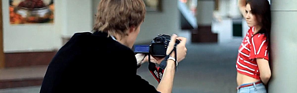 Подарочный сертификат Фотосессия в стиле Fashion, 2 часаНовый год<br>Порадуйте себя прекрасными снимками в оригинальном стиле, которые украсят вашу изысканную коллекцию.<br><br>Номинал: None<br>Тип подарка: Электронный<br>Город (для эмоций): Санкт-Петербург<br>Как воспользоваться?: &lt;ul class=circleListBig&gt;<br>Что будет происходить?: &lt;p&gt;<br>Количество участников: 1 участник<br>Сезонность: Круглый год<br>Продолжительность: До 3 часов<br>Где проходит?: На свежем воздухе<br>Вид эмоций: Семья<br>Для кого: Мужчине, Девушке<br>Повод: На Новый год, На 8 марта, На Годовщину, На День Рождения, На День Святого Валентина, На 23 февраля